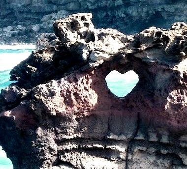 Ocean Arch Heart, Maui, Hawaii