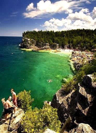 Indian Head Cove at Bruce Peninsula, Ontario, Canada