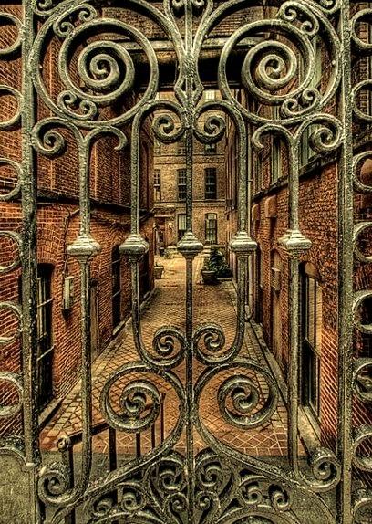 Gate Entry, Warsaw, Poland