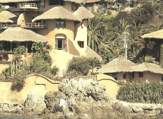 La Casa Que Canta, a beautiful hotel and restaurant in Zihuatanejo, Mexico