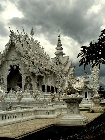 Chiang Rai White temple, Wat Rong Khun, Thailand