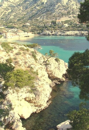 Idyllic bay Calanque de Sormiou near Marseille, France