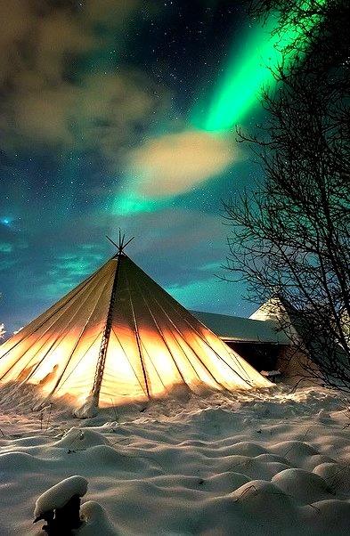 Camping under the northern lights, Troms County / Norway