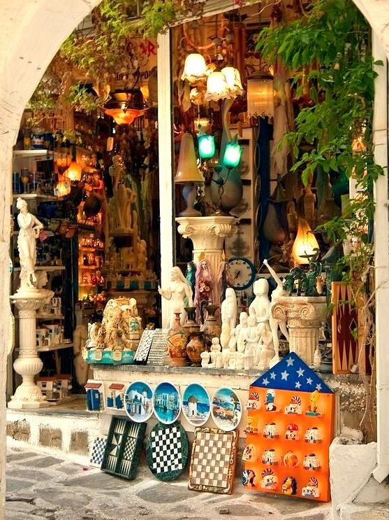 Antiques shop on the streets of Parikia / Greece