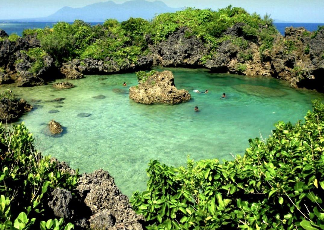 Paguriran Island lagoon, Sorsogon / Philippines